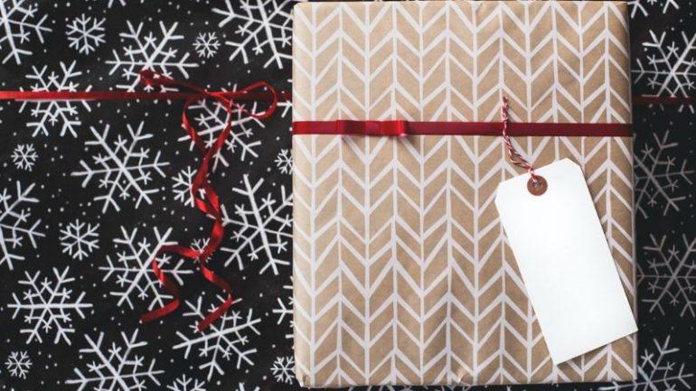 Jednoduché a pritom praktické tipy na vianočné darčeky pre mužov